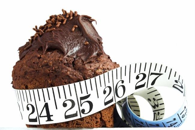 Yemekten hayli keyif aldığınız ve çekmecenizde en az bir tanesini mutlaka bulundurduğunuz klasik atıştırmalıklarınızı yerken kendinizi durduramadığınız oluyor mu? O halde içerdikleri kalori miktarlarını incelemeye hemen başlayın...