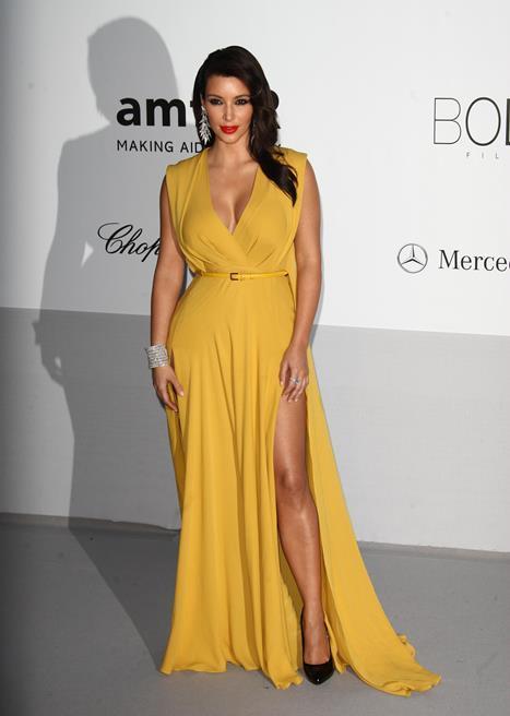 2. Kim Kardashian  Vücut Ölçüleri Oranı: 1.558 Altın Orana Yakınlığı: 96.3%  Altın orana en yakın ikinci kadın, Kim Kardashian'mış.