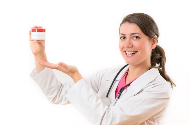 -İlk cinsel ilişki veya sık cinsel ilişki bakteri girişini dolayısıyla enfeksiyonu arttırır. Cinsel ilişkide korunma yöntemlerine mutlaka dikkat edilmelidir.  -Menopoz döneminde de enfeksiyona yatkınlık artar. Doktor önerisiyle uygun ilaçlar veya kremler kullanılmalıdır.