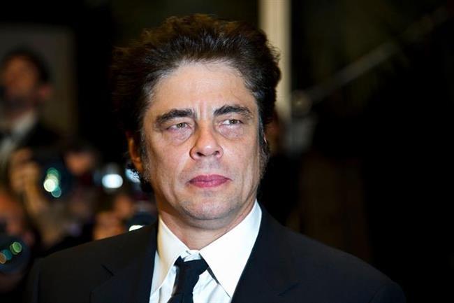47 yaşındaki Benicio Del Toro'nun gönül defterinde adı yazılı olan ünlüler arasında Chiara Mastroianni, Scarlett Johansson da var. Aktörün Kimberley Stewart'tan bir de kız çocuğu var. Ama o da hala evlenmeye yanaşmıyor.
