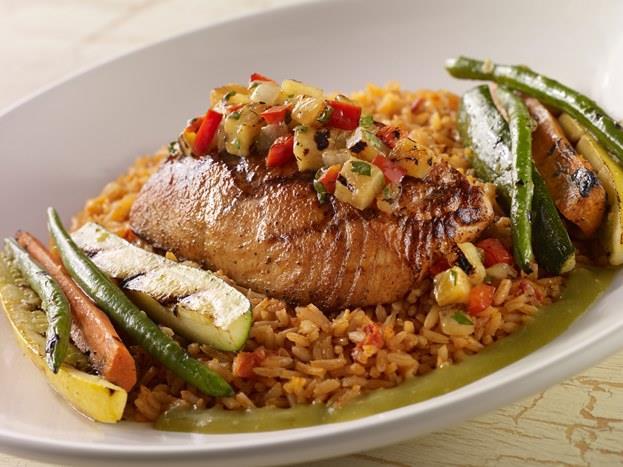 Aslan: Bol safranlı bir paella (etli, balıklı, sebzeli İspanyol pilavı). Ton balığı da ilave edebilirsiniz.
