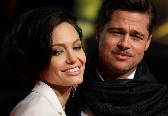 Ünlü magazin sitesi TMZ'nin haberine göre, 41 yaşındaki Jolie, 52 yaşındaki Brad Pitt'ten boşanmak için dava açtı.