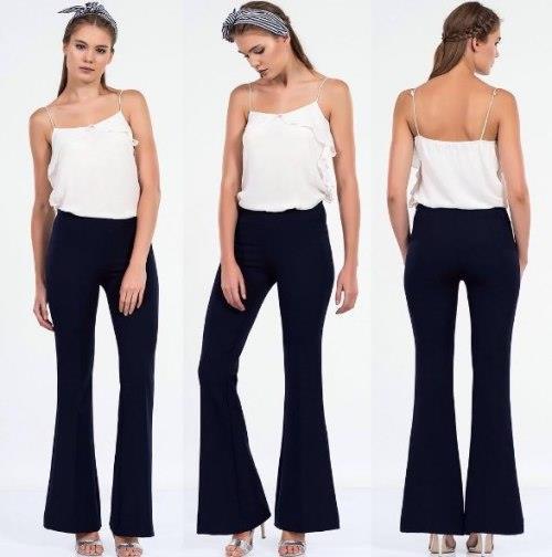 Ayrıca kısa boylu insanlar da gayet güzel geniş paça pantolon giyebilir. Yeter ki, paçaların bolluğu yerinde ve kombini tamamlayan parçalar doğru olsun!