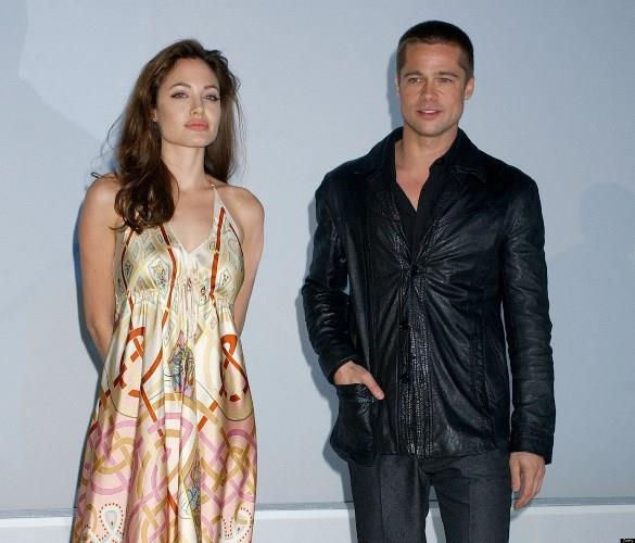 2005'in ilk aylarında Brad ve Jennifer'ın boşanmasına neden olduğu şeklinde suçlamalarla uzunca bir süre gündemde kalan Angelina, 1 yıl boyunca hakkında çıkan aşk haberlerini yalanladı.  Taa ki Brad Pitt'ten hamile olduğunu açıklayana kadar! Brad'den hamile olduğunu açıklayan Angelina, birlikteliklerini de doğrulanmış oldu. Böylece ikilinin 2004 yılında, Mr. and Mrs. Smith filminde evli bir çifti oynamalarının ardından haklarında çıkan aşk dedikoduları gerçek oldu.