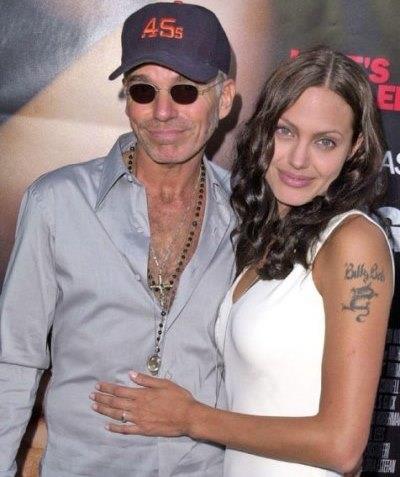 Miller ile boşandıktan kısa bir süre sonra güzel oyuncu, ikinci evliliğini aktör Billy Bob Thornton ile yaptı. Çift birbirlerinin kanlarını boyunlarında birer kolyede taşıyorlardı.  1999'da Pushing Tin filminin çekimleri sırasında Billy Bob ile tanışan güzel oyuncu, 1 yıl sonra onunla dünya evine girdi. Jolie'nin bu evliliği de 3 yıl sürdü ve 2003 yılında sona erdi.
