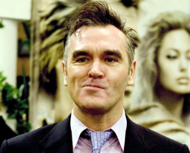 """Morrissey  Adeta vegan başkanı! Veganizmin marşı sayılan """"Et Cinayettir"""" şarkısıyla pek çok kişiyi vegan olmaya davet etti."""