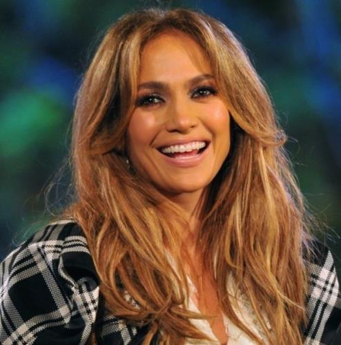 Jennifer Lopez  Vegan olmayı sağlık sebepleriyle tercih eden ünlülerden. Hayatından hayvansal ürünleri çıkardığından beri cildinin ve bedeninin çok daha iyi durumda olduğunu söyleyen Jennifer Lopez sadece tereyağını özlediğini belirtiyor. Güzelliğine ve sağlığına oldukça düşkün olan sanatçının veganlıktan vazgeçme gibi bir niyeti de yok.