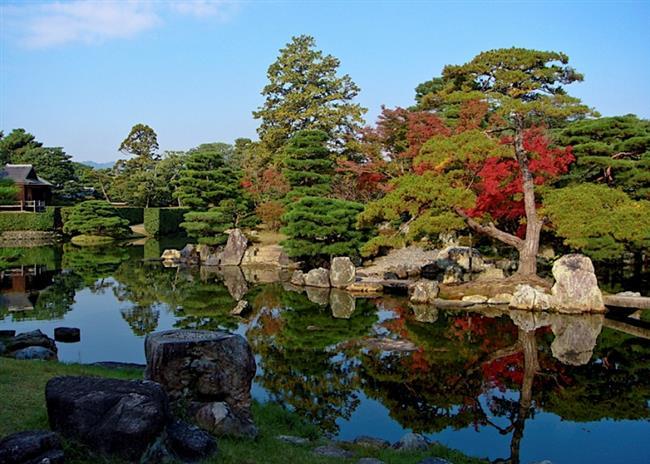 Antik bir bölge: Kansai  Japonya'nın en büyük adası Honşu'nun güney bölümünde bulunan, ülkenin 9 coğrafî bölgesinden biridir. Dünya çapında en çok yıldıza sahip restoranlar bu bölgede bulunmaktadır. Japonya'nın geleneksel otellerinin de bulunduğu bu bölgede harika yemekler yiyebilir ve Japon ormanlarının içinde dolaşırken farklı bitkiler keşfedebilirsiniz.
