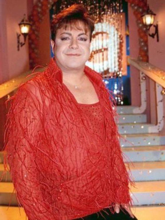 Fatih Ürek 120 kilo iken geçirdiği mide operasyonu ile 66 kiloya düştü.