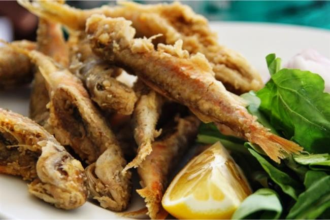 Tekir  Eti lezzetli bir balıktır.