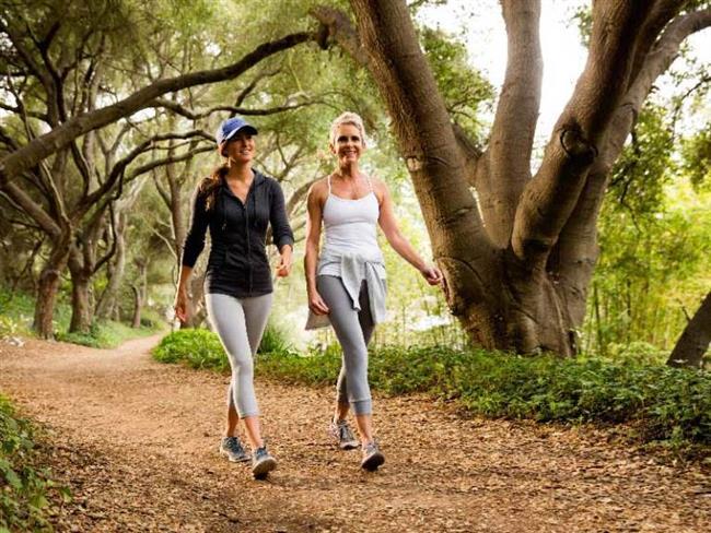 12. Bu yakınmalarınız varsa yürüyüşü bırakın  Yürüyüş sırasında kalp veya vücudunuzun bir yerinde ağrı, nefes darlığı, çarpıntı, baş dönmesi hissederseniz egzersize devam etmeyin, dinlenin ve gerekirse yardım isteyin.