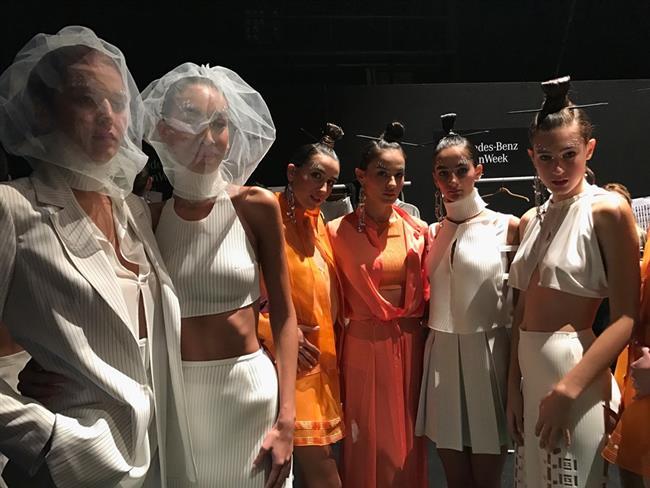 Bu sene 11-15 Ekim tarihlerinde Zorlu Performans Sanatları Merkezi'nde gerçekleşen Mercedes-Benz Fashion Week Istanbul etkinliğinin çekimini üstlenen Getty Images, etkinliğin bazı karelerini iPhone 7 Plus ile çekti. Getty'nin tüm dünyaya servis ettiği birbirinden eşsiz bu fotoğrafları sizlerle de paylaşmak istedik!