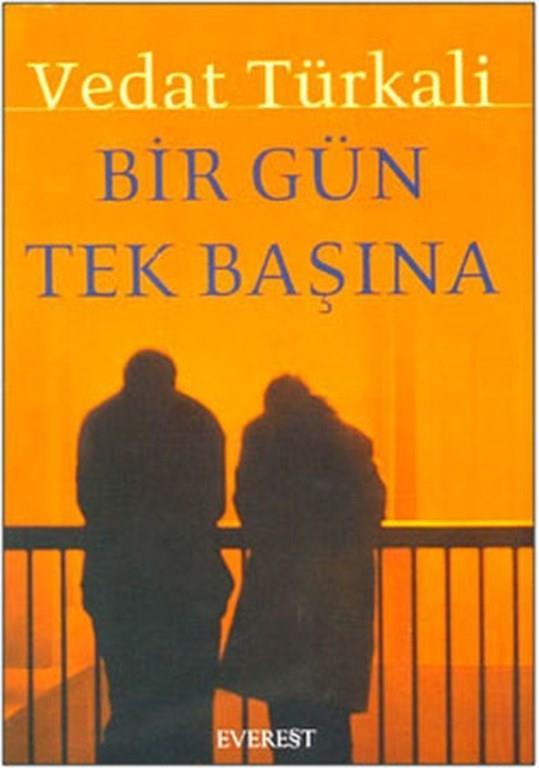 11)Bir Gün Tek Başına/ Vedat Türkali (1975)    Bir Gün Tek Başına, Vedat Türkali'nin 1974 yılında çıkan ilk romanı. Konusu 27 Mayıs 1960 darbesi öncesini konu alan roman, 1974 Milliyet Yayınları Roman Ödülü ve 1975 Orhan Kemal Roman Armağanı'na layık görüldü.