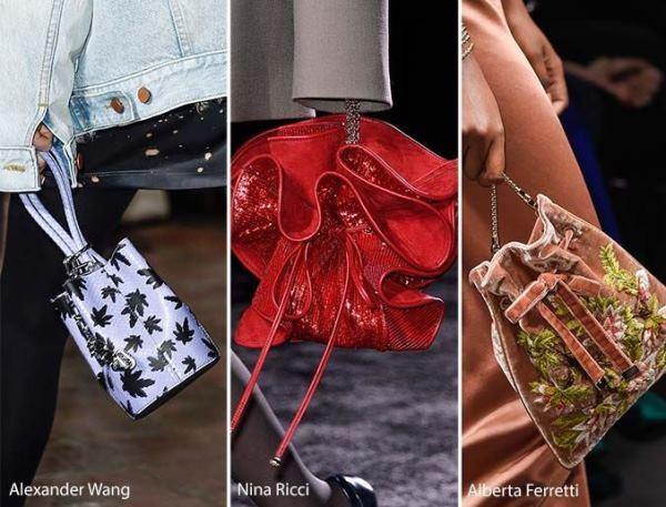 İpli çanta Stilleri  İp detayıyla ağzı büzülerek toplanan, bohça ya da diğer adıyla torba çanta diyebileceğimiz bu modeller, nostalji görünümünün yanı sıra hem romantik hemde asi bir görünüme sahip.