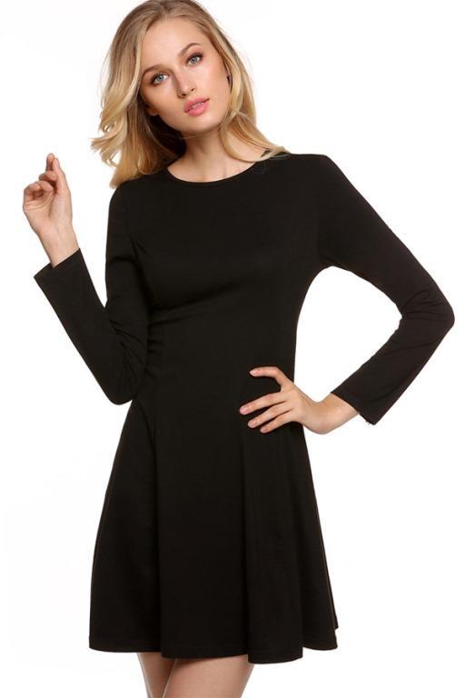 7. Siyah Elbise  Siyah elbise yaz- kış dolabımızın kurtarıcı ve vazgeçilmez parçalarındandır. Eğlenceye ya da romantik bir akşam yemeğine çıkabilme ihtimaliniz varsa, kalın siyah bir elbise sizi oldukça şık hale getirecektir.