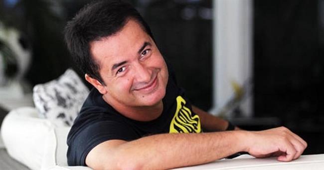 Acun Ilıcalı  29 Mayıs 1969'da Edirne'de doğdu.
