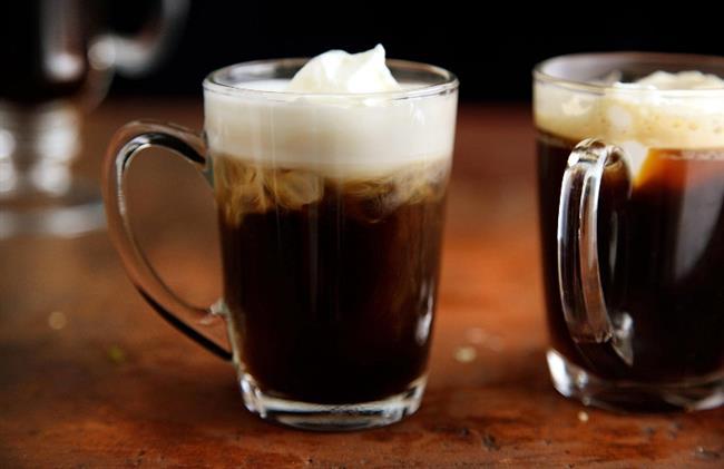 Boğaların Vazgeçilmezi: Irish coffee   Karşılaştığı zorluklar karşısında savaşçı edasına bürünen ve arkadaşlığa çok önem veren boğalar için kahve içmek tek başına değil birlikte yapılınca güzel olan bir eylemdir. Bu yüzden içine biraz İrlanda viskisi girmiş İrlanda kahvesi onun en sevdiği olabilir.