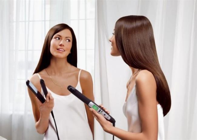 11- Fön, Maşa İle Saça Yapılan Sıcak İşlemler   Saçın sıcağa karşı direnci zaman içinde azalır. Bu nedenle bu işlemlerin sık uygulanması (hafta 2-3 kere) durumunda saçta kopma ve kırılmalar artar. Sıcak uygulamalar sonucu saç var olan nemini ve esnekliğini kaybeder. Bu durumunun sonucu olarak saç artık şekillendirme yapmadan doğal haliyle şekil verilemez hale gelir.