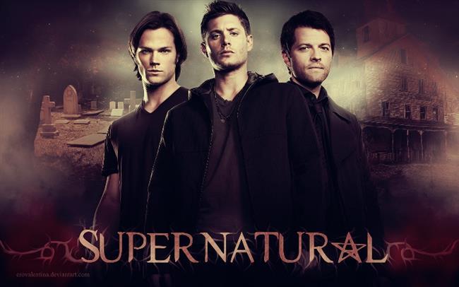 Supernatural  Dizi Dean Winchester ve Sam Winchester kardeşlerin babalarının kayıp olmasından sonra tekrar bir araya gelip Sam'in bıraktığı avcılığa geri dönmesiyle başlar. İki kardeş hayatlarını babaları ile beraber, annelerinin küçükken bir varlığın yakarak öldürmesi sonucu insanları bu gibi varlıklardan korumaya adamışlardır.