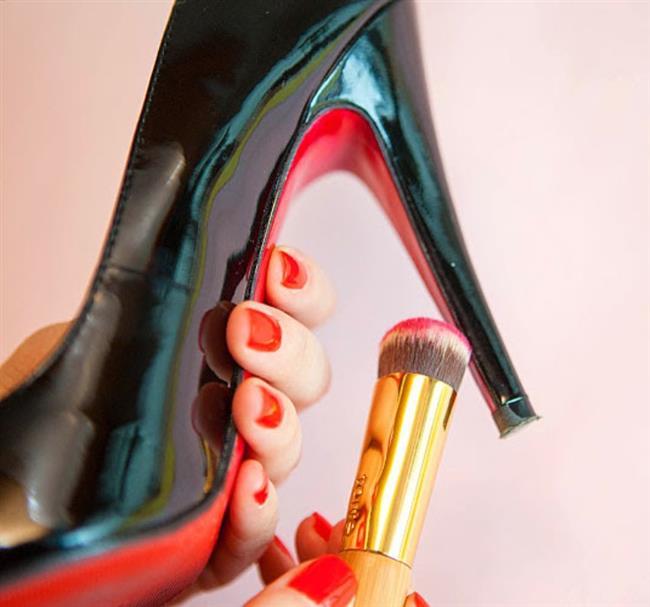 7. Ayakkabınızın taban rengini değiştirebilirsiniz.
