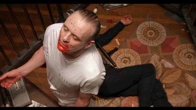"""Kuzuların Sessizliği (The Silence Of The Lambs) - 146 Kalori  <a href=  http://mahmure.hurriyet.com.tr/foto/yasam/son-uc-yila-damgasini-vuran-filmler_40640 style=""""color:red; font:bold 11pt arial; text-decoration:none;""""  target=""""_blank"""">  Son Üç Yıla Damgasını Vuran Filmler İçin Tıklayın!"""