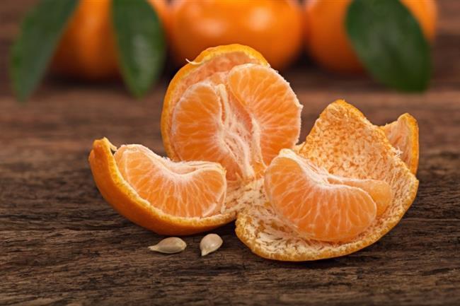 Mandalinanın yeşili C vitamini deposu  Bodrum mandalinası olarak da bilinen yeşil mandalinalar tam bir C vitamini deposudur. Sonbaharın aylarından itibaren kış aylarının sonuna kadar tüketilen mandalinanın taze olması önemlidir. Taze ve doğal mandalina, yüksek C vitamini etkisiyle vücudu hastalıklara karşı korur. Aynı zamanda kötü kolesterol düzeyini düşüre ve kan akımını hızlandıran mandalina, şeker ve kanser hastalıkları açısından da olumlu etkiler gösterir.