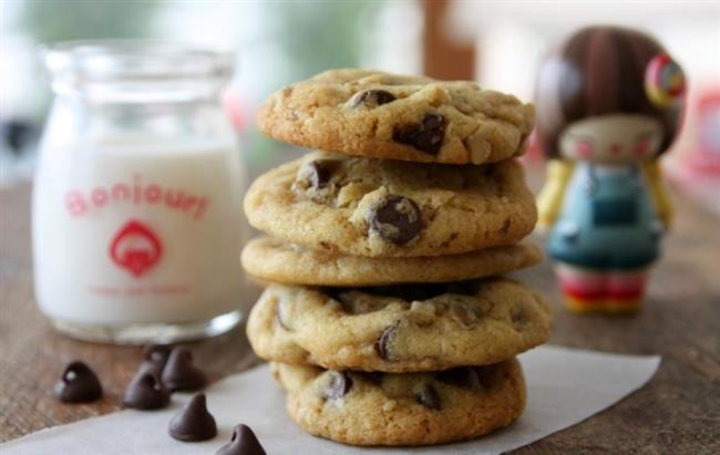 """Başakların Bittiği:    Titiz ve özenli olan Başak burcu için pratiklik olmazsa olmazdır. Yani onlar için bol şatafatlı tatlılar veya ağır çikolatalar doğru bir seçim değildir. Damla çikolatalı kurabiye veya krem karamel Başak'ın midesini baştan çıkarmaya yeter.  <a href=  http://mahmure.hurriyet.com.tr/foto/astroloji/hangi-burc-nasil-beslenmeli_25190 style=""""color:red; font:bold 11pt arial; text-decoration:none;""""  target=""""_blank""""> Hangi Burç Nasıl Beslenmeli?"""