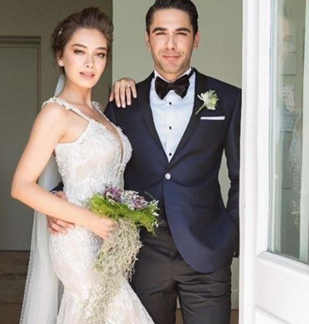 2016' nın en çok konuşulan çiftlerinden olan Kadir Doğulu ve Neslihan Atagül magazin dünyasını sallayan bir düğünle boğazın kıyısında evlenmişlerdi.