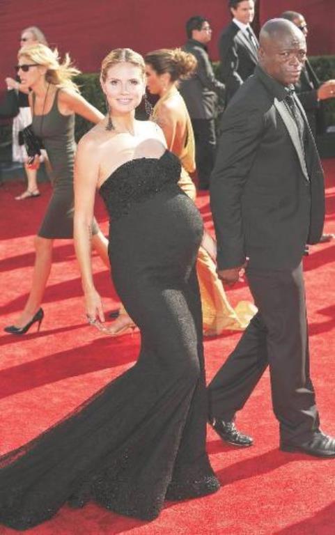 Heidi Klum  Heidi Klum ile Seal'ın hikayesi ise biraz daha farklı. Tanıştıklarında Klum, eski sevgilisi Flavio Briatore'den dünyaya gelen kızına hamileydi.