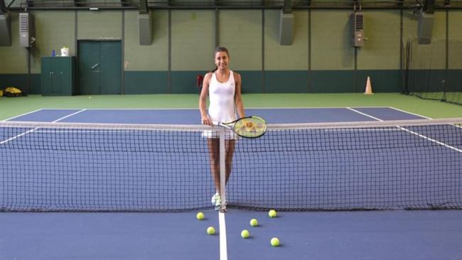 Tenis (tekli) = 1 saatte 728 kalori