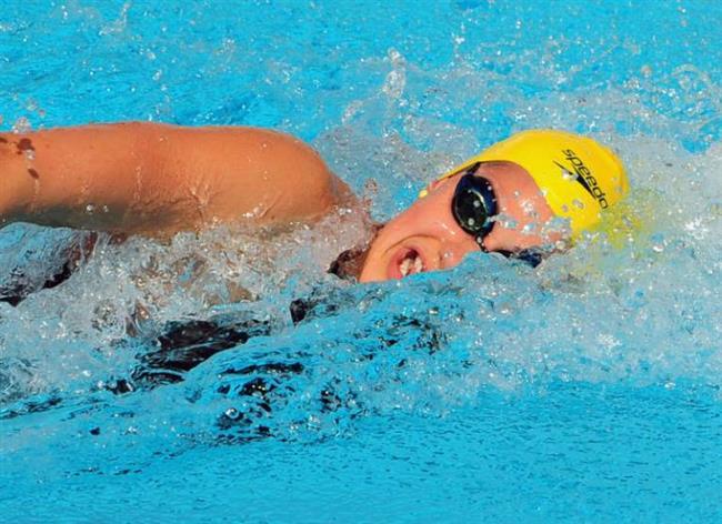 Hafif ya da orta tempoda yüzme = 1 saatte 528 kalori