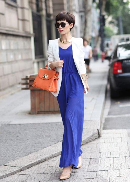 Azur mavisi, sokak stilinin gösterişli ve romantik akımı konumuna geldi.Günümüzün en kullanılan rengi olan siyahı gölgede bırakmaya en büyük aday.