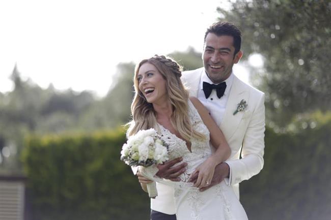 Kobal ve İmirzalıoğlu geçtiğimiz mayıs ayında evlendi.