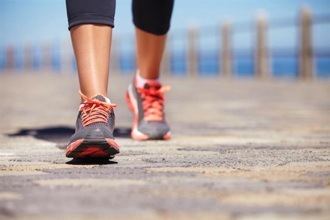 Günlük en az 10.000 adım atarak yaz aylarında olduğu gibi vücudumuzu aktif hale getirebiliriz