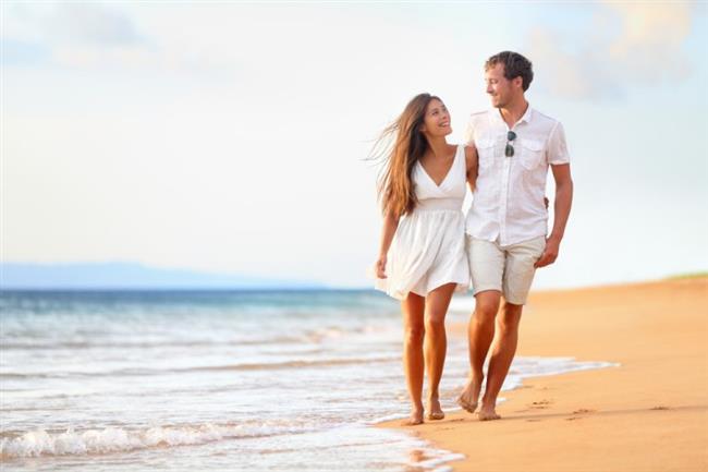 BALAYI   Artık dinlenme zamanı… Eşinizle birlikte çıkacağınız ilk tatil. Hem romantik hem de eğlenceli bir balayı için iki tarafın da hoşuna gidecek bir lokasyon seçilmeli. Balayı yerine karar verirken ilk önce bütçe belirlenmeli. Yeni evli bir çift olarak diğer harcamaları da düşünerek gerçekçi bir bütçe oluşturmalısınız. Balayı için ayrılan bütçeye göre yurt içi mi yurt dışı mı olacağına daha kolay karar verebilirsiniz.   Balayı boyunca tembellik mi yapacaksınız yoksa aksiyon dolu bir balayı mı tercih edersiniz? Balayı paket programları mı, tur gezileri mi yoksa yalnızca kendinize özel bir tur planı mı yapmak istiyorsunuz? Tüm bu sorulara cevap verdikten sonra kalan tek şey bavulu hazırlamak olacak.