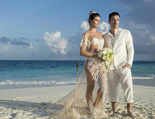 Model Isabeli Fontana da geçtiğimiz yaz hayatını Diego Ferrero ile birleştirdi.