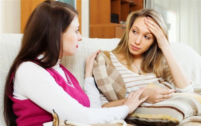 """En yakın arkadaşınız, çocuğu olduğundan beri seksten soğuduğunu söyledi. Ona nasıl bir tavsiyede bulunursunuz?  a) """"Bunun hiçbir önemi yok. Senin şimdi tamamen bebeğine konsantre olman gerek.""""  (5 PUAN)  b) """"Neden? Anne olabilirsin ama sonuçta aynı kadınsın! Cinsel ihtiyaçları olan bir kadın!""""  (20 PUAN)  c) """"Eşin bu işe ne diyor? Rahatsız olmuyor mu? Böyle giderse seni aldatması kaçınılmaz!"""" (10 PUAN)  d) """"Bu durum devam ederse, bir doktora görünmen şart."""" (15 PUAN)"""
