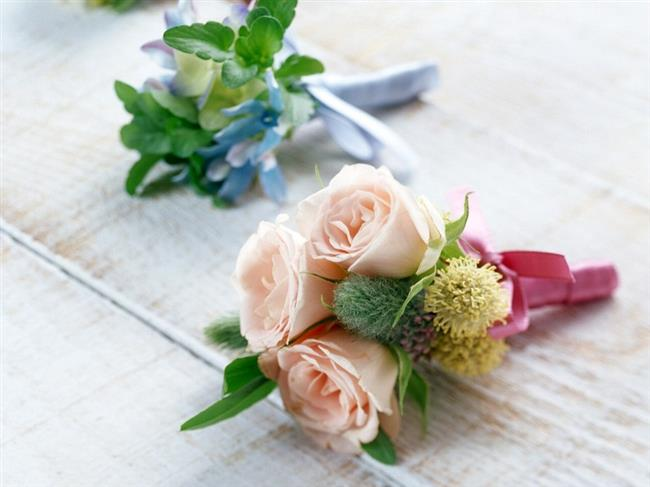 Öğretmeninizin zarifliğini ve saflığını yansıtacak en anlamlı hediye çiçekler!