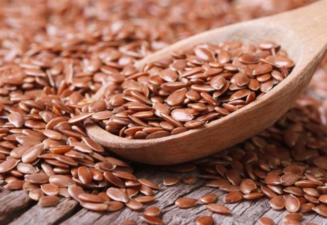 KETEN TOHUMU:    Omega 3 yağ asidinden zengin olan keten tohumu damarları genişleterek kan dolaşımını rahatlamasına katkıda bulunuyor. Her sabah kalktıktan sonra 2-3 tatlı kaşığı öğütülmemiş keten tohumu yiyin. İsterseniz, keten tohumunu yoğurtla karıştırarak da tüketebilirsiniz.
