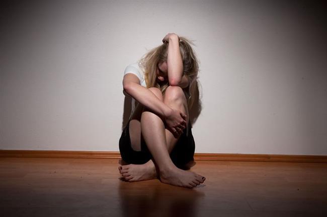 BOĞA   Boğa burçları aşırı duygusallıkları nedeniyle depresyona diğer burçlara göre daha çok eğilimlidirler.Günlük işlerine konsantre olamaz, sürekli üzüntü halinde yaşar.