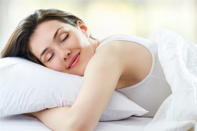 Migrenden korunmak için;  Uyku düzeninizi ihmal etmeyin