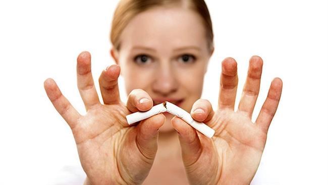 Sigara saç dökülmesini tetikleyen başlıca faktörlerden biridir.