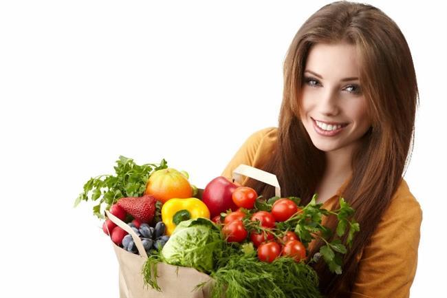 Meyve,sebze ve protein tüketin. Bol su için.