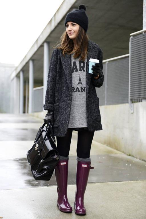 Renli ve stil yağmurluk çizmeler,yağmurun hüzünlü havasını uzaklaştırarak tüm gözleri üzerinize toplamanızı sağlar.