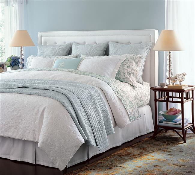 Yastık   2-3 yıldan sonra yastıklar değiştirilmelidir. Yastıklar evdeki tozu toplar, şekilleri bozulduğu için boyun ağrısına sebep olabilir.