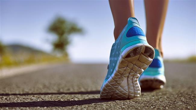 Koşu ayakkabıları  1 yıl kullanım süresi vardır. 6 km kadar koştuktan sonra koşu ayakkabıları bozulmaya başlar. Bu da eklemlerinizin daha çok yorulacağı anlamına gelir.