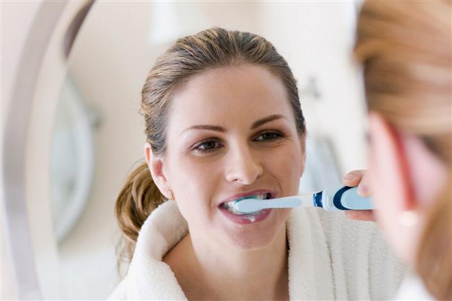 Diş fırçası  3 ay kadar kullanım süreleri vardır. Diş fırçaları sadece eskidiğinde değil aynı zamanda grip ve nezle olduktan sonra da değiştirilmeli. Aksi takdirde tekrar hasta olmanız kaçınılmaz.