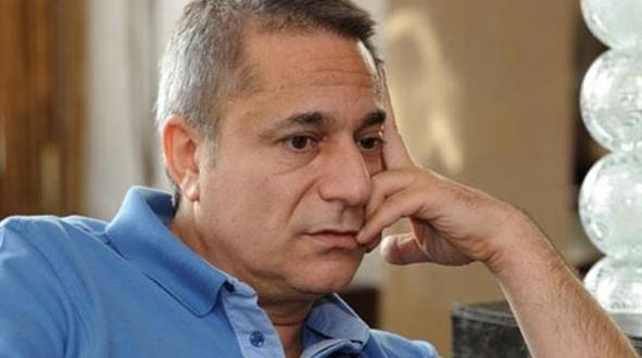 Mehmet Ali Erbil  '' Kaçış Sendromu'' isimli hastalığı nedeniyle sık sık hastalığı nedeniyle hastaneye kaldırılıyor.Ünlü şovmen hâlâ sürekli doktor kontrolünde yaşıyor.