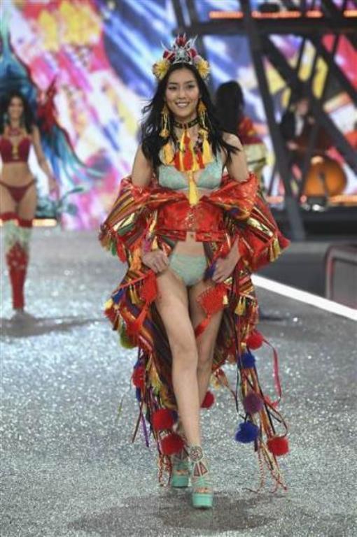 Çinli model Liu Wen, 28 yaşında.