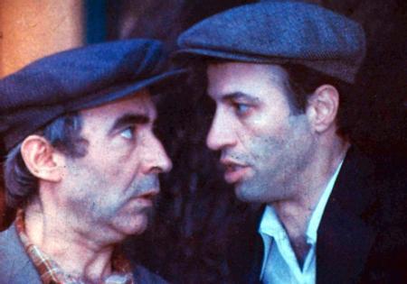 Kemal Sunal - Şener Şen  Komedi deyince ilk akla gelen isim olan Kemal Sunal ve Şener Şen, bir çok filmde birlikte rol aldı.